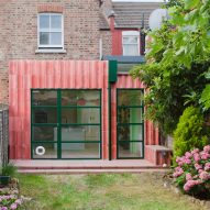 "Office S&M uses ""trending colours"" for characterful extension to colour consultant's home"