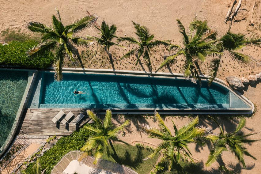 Punta Majahua has a family swimming pool