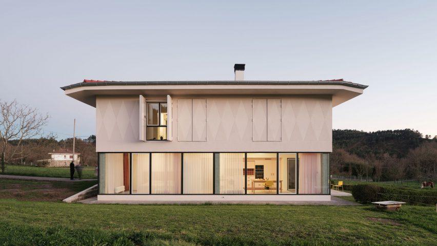 Re-House farm house refurbishment in Bilbao by Azab