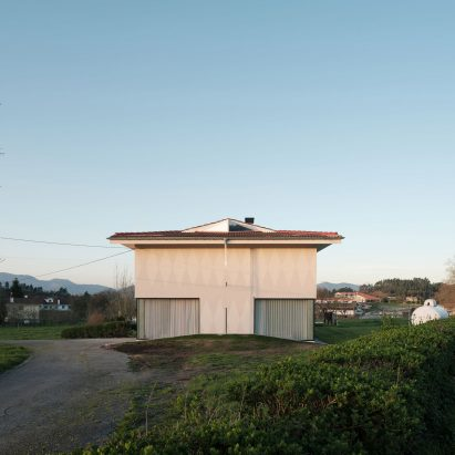 Re-House farm house refurbishment in Bilbao by Azab