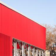 A red-aluminium facade