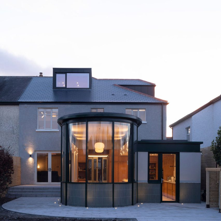 Curved glass extension