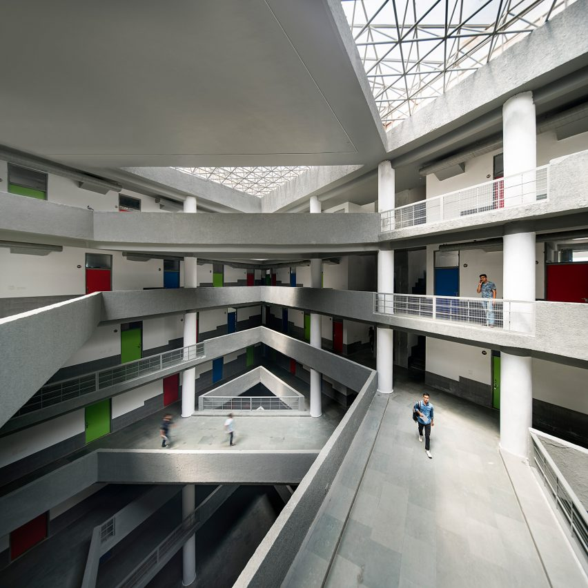An atrium with crisscrossing bridges
