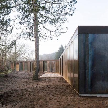 Cross-laminated timber and steel villa