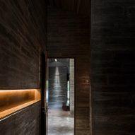 Concrete interiors of AM House