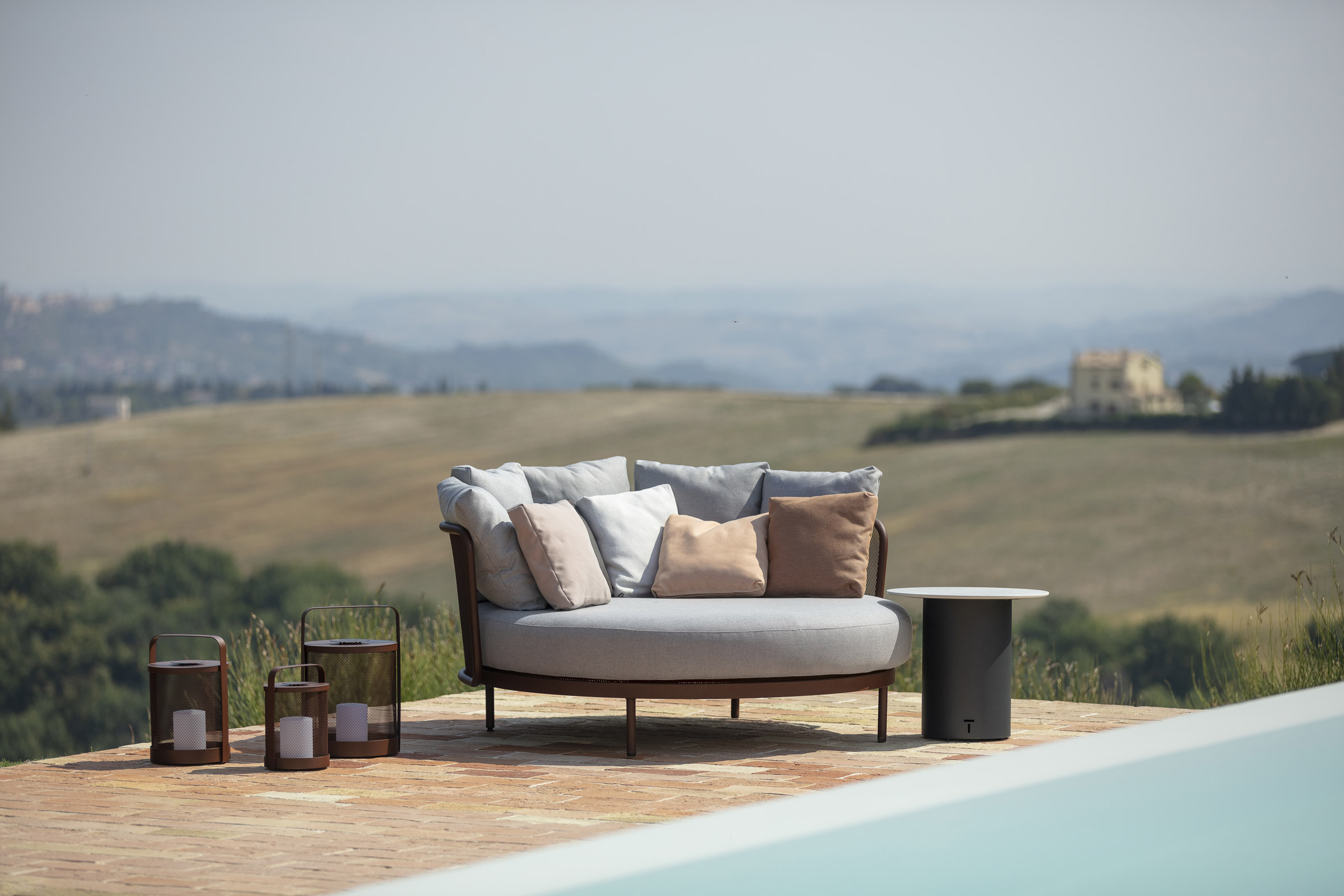 Baza Lounge collection by the pool