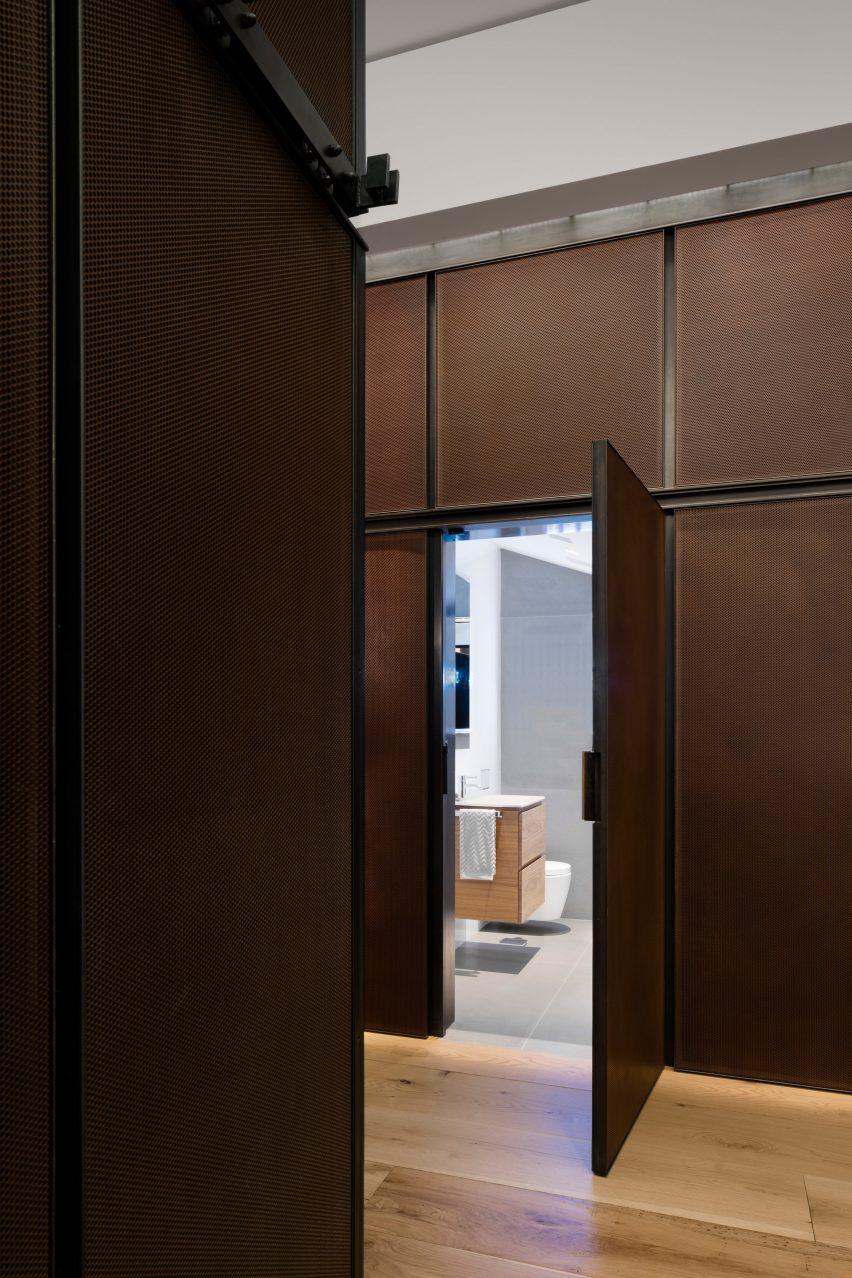 BC—OA designed the New York City apartment