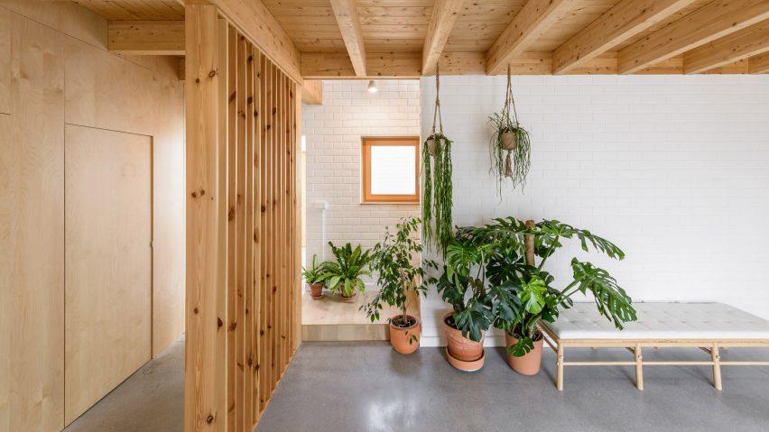 Interiors of Casa SD by Escribano Rosique Arquitectos