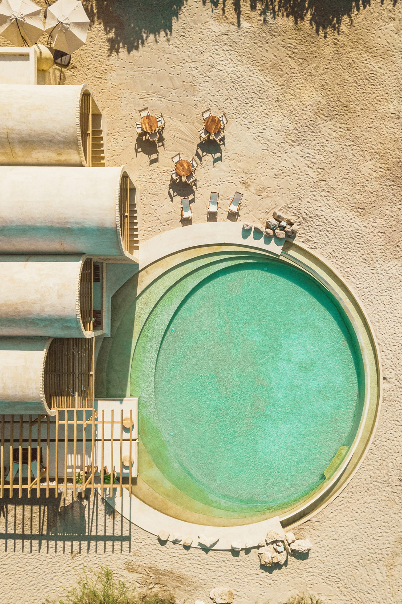Architect Alberto Kalach built a circular swimming pool in the hotel's grounds