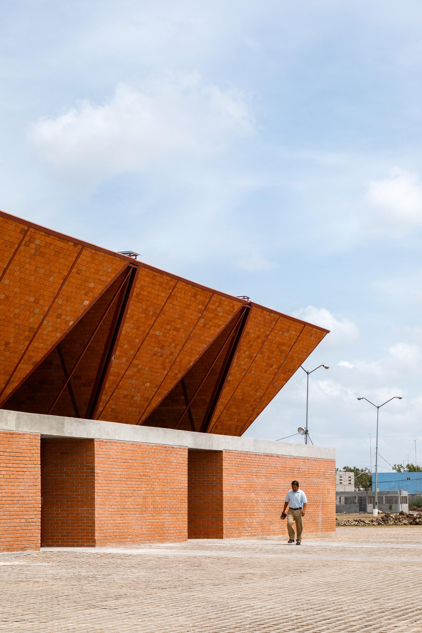 Market in Mexico made of bricks