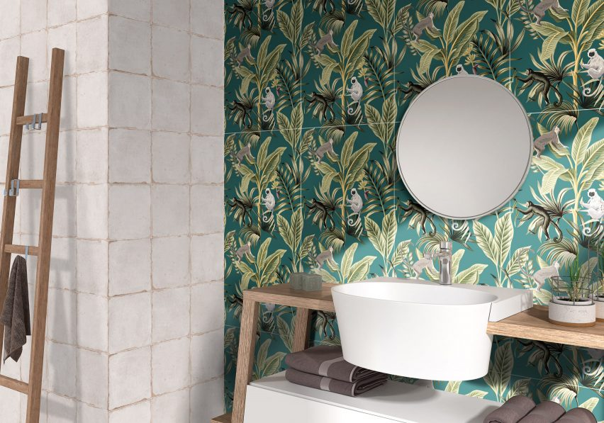 Wallpaper style tiles of Couture Collection by Ceracasa
