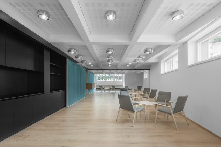 Seminar rooms in Cusanus Academy renovation by MoDus Architects