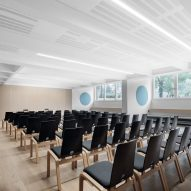 Seminar room in Cusanus Academy renovation by MoDus Architects