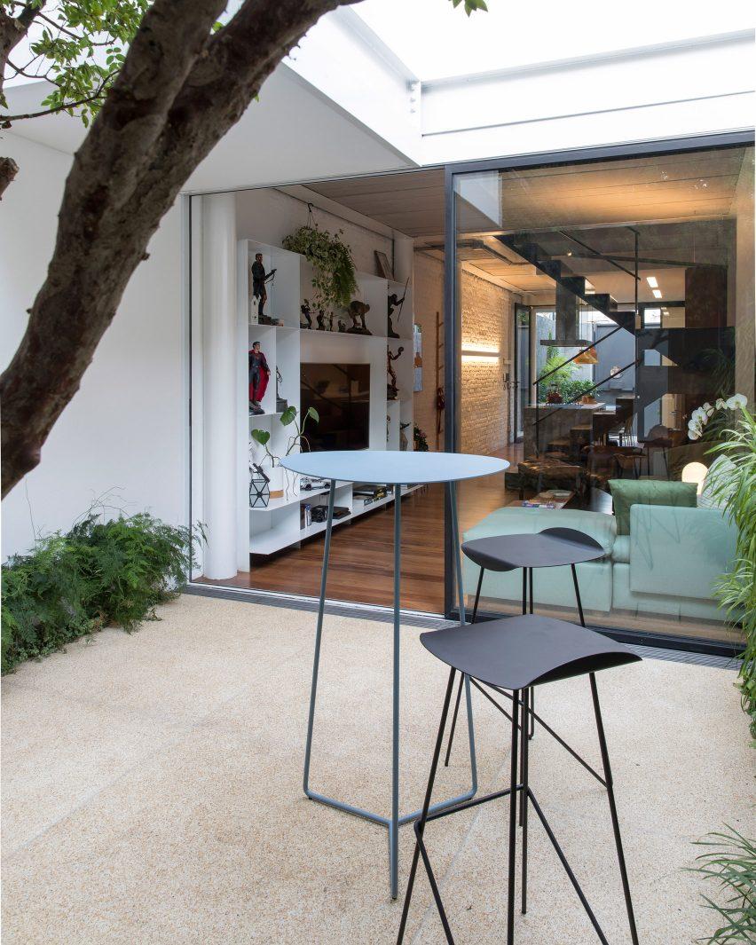Casa Piraja in São Paulo, Brazil, by Estúdio BRA Arquitetura