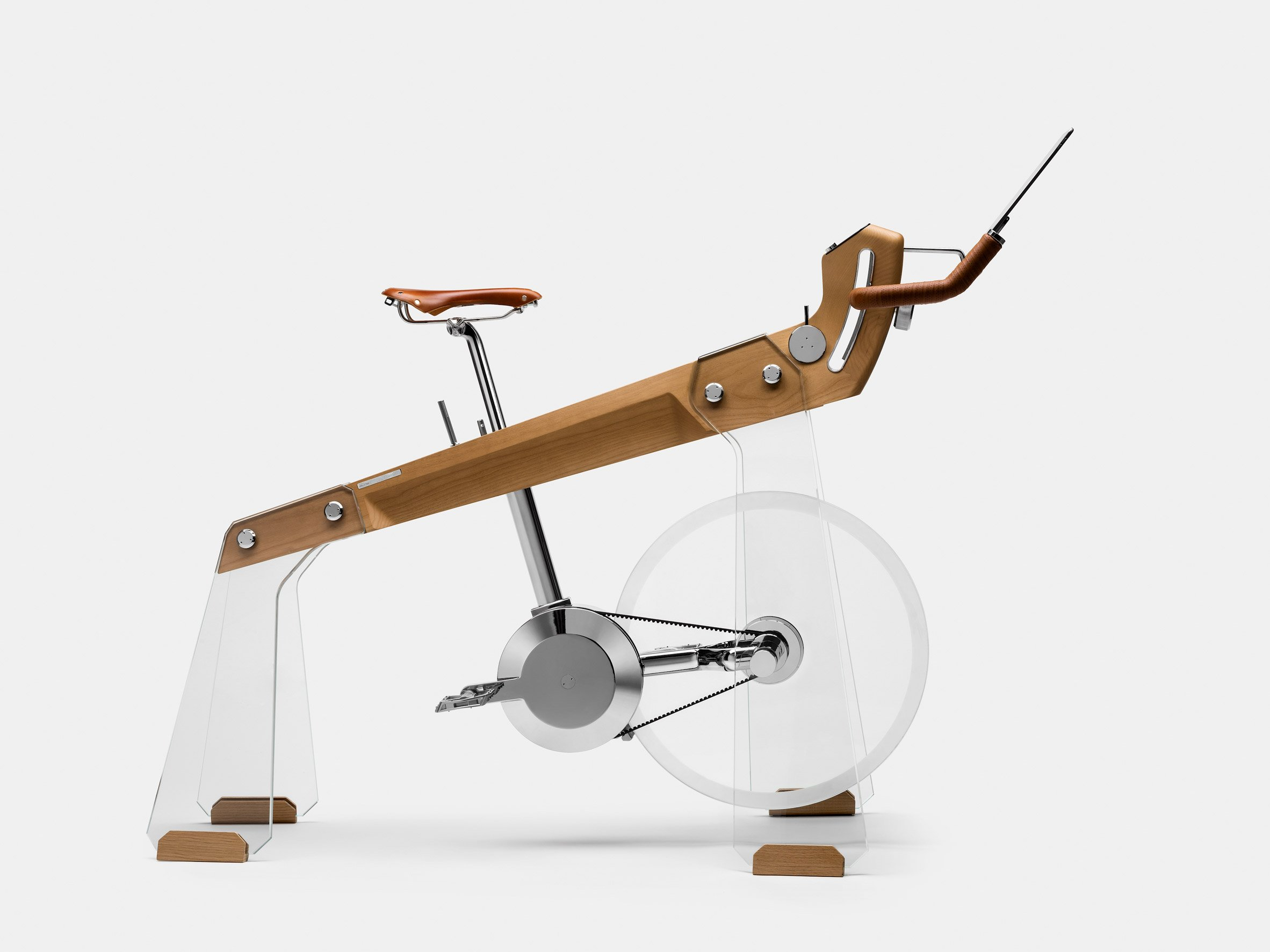 Side view of Fuoripista bike by Elite and Adriano Design