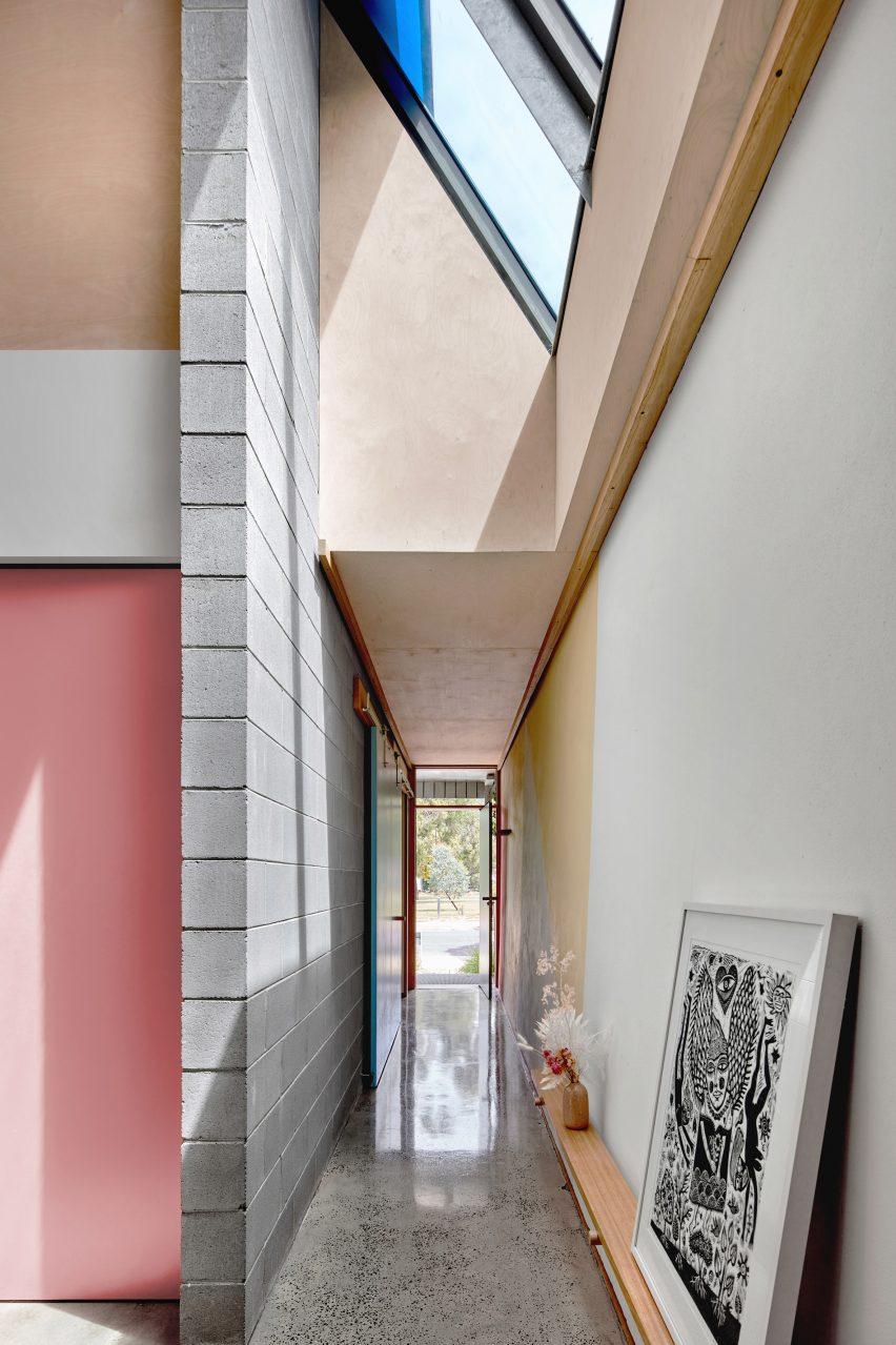 Entrance to Fleming Park House by Cloud Architecture Studio