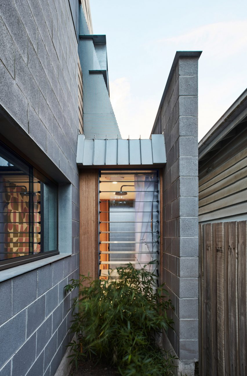 Lean-to at Fleming Park House by Cloud Architecture Studio