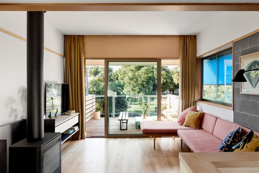 Living room of Fleming Park House by Cloud Architecture Studio