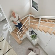 Flow X stairlift by Pearson Lloyd for Access BDD