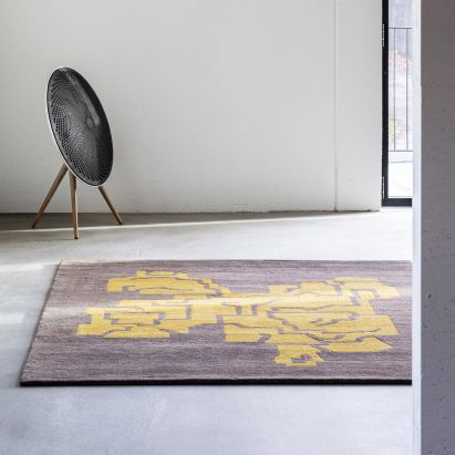 Rug from Fragments 1-5 collection by OEO Studio for Massimo
