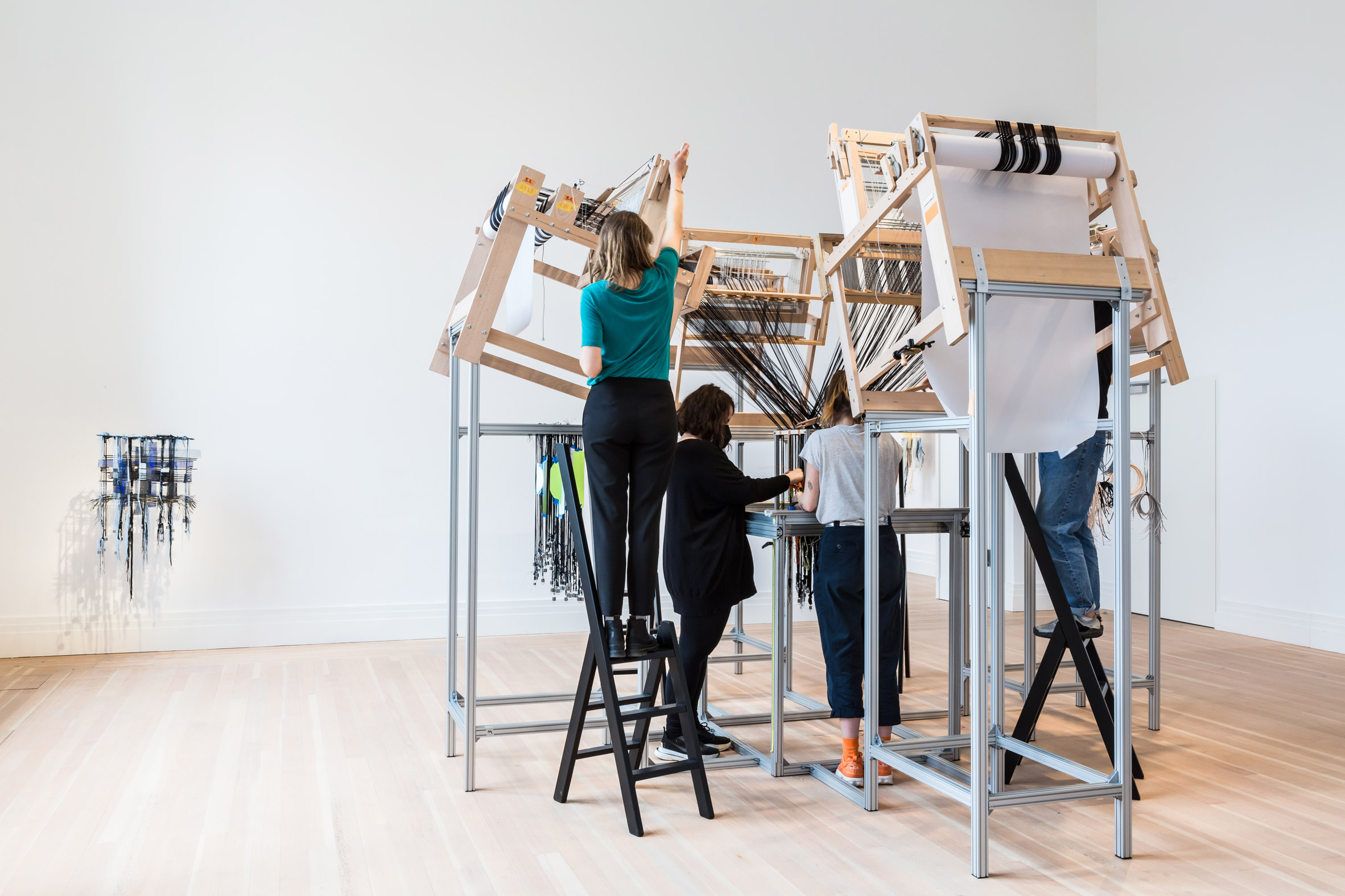 Seamless Loom by Hella Jongerius in use