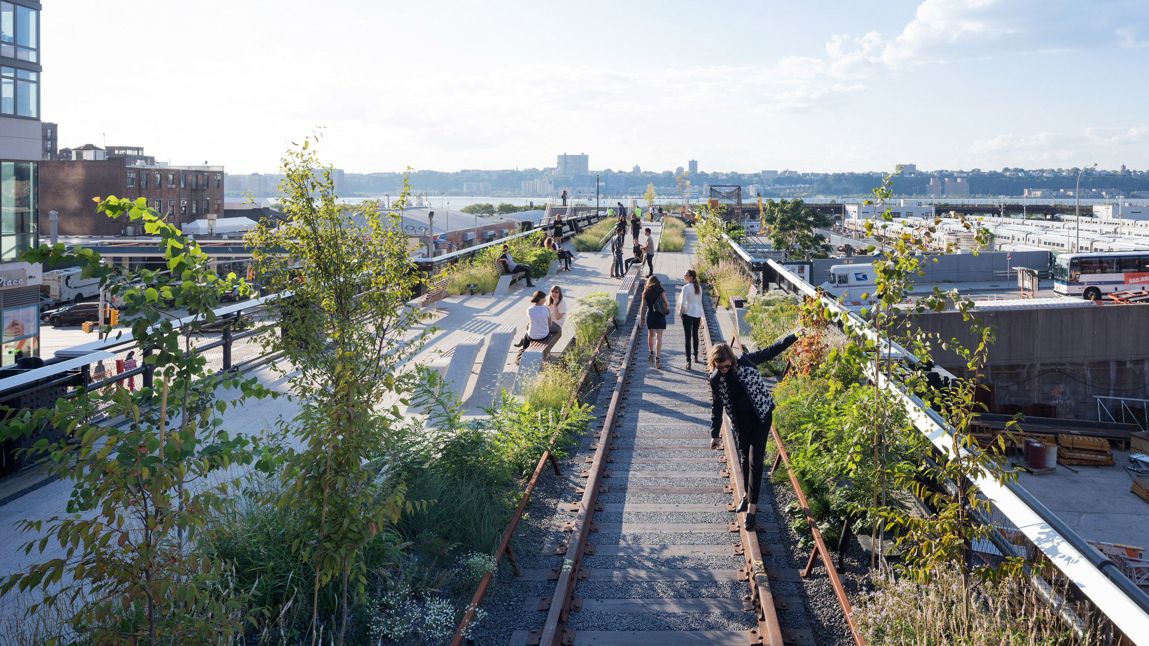 """Secret proposal for """"Even Higher Line"""" on top of New York's High Line revealed"""