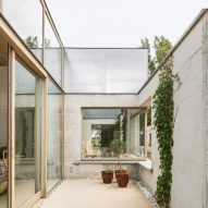 The enclosed patio of a bungalow