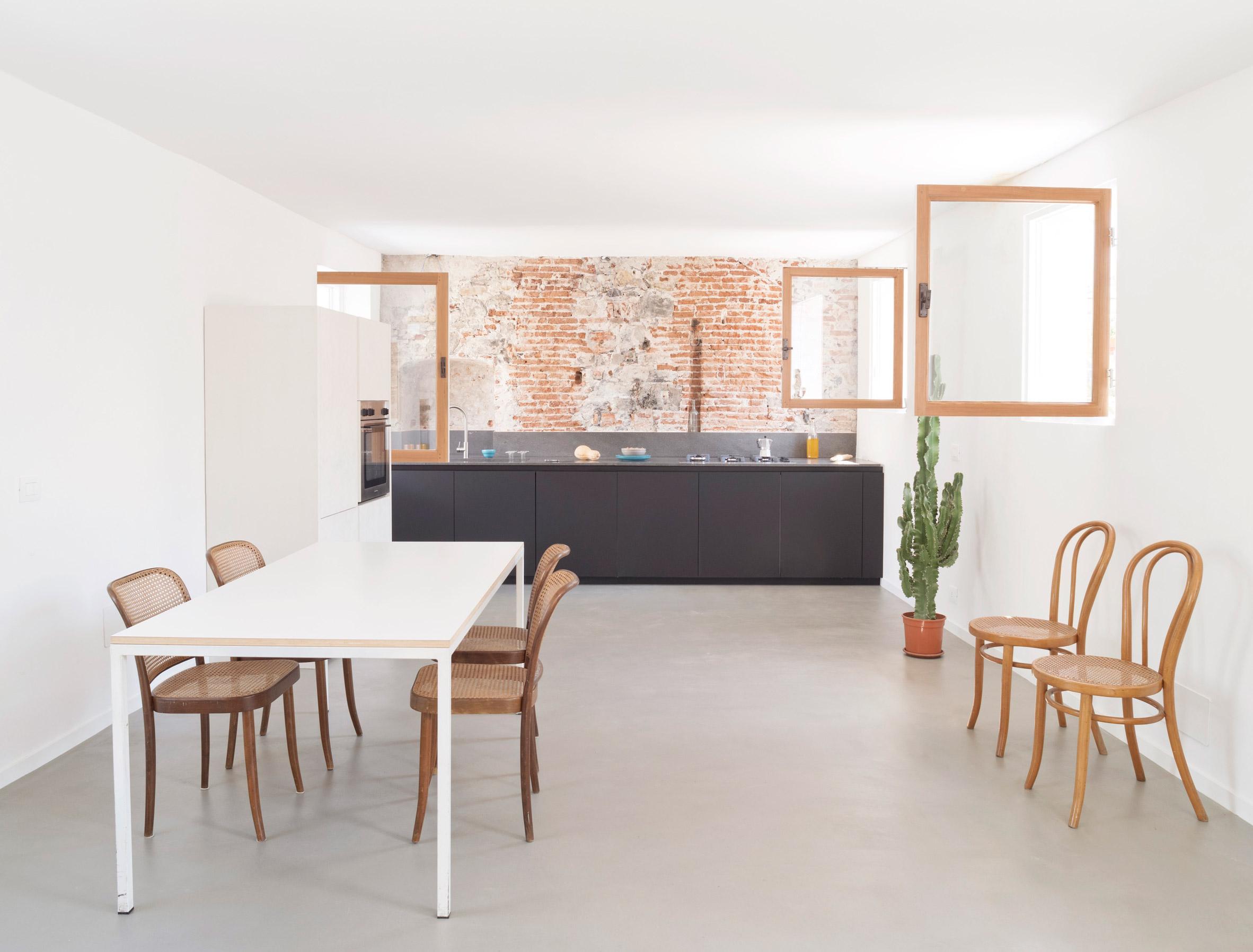 Cocina en la casa para una foca en Génova por Dodi Moss