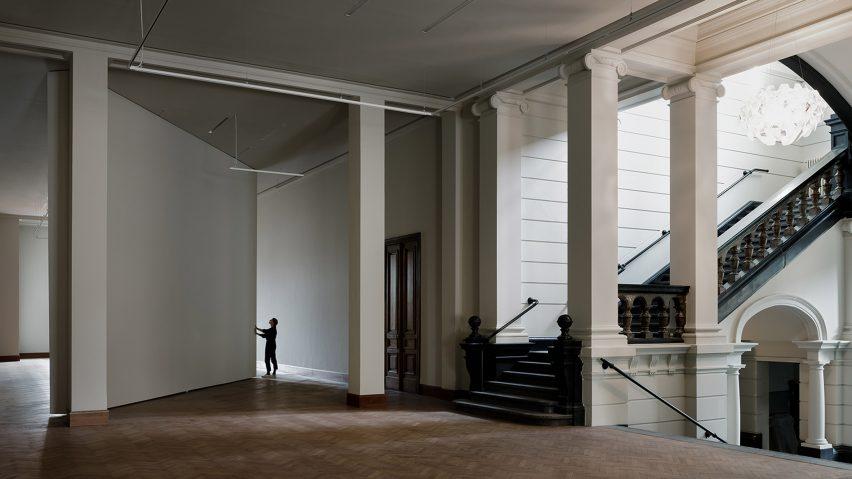 Pivoting wall in Royal Museum of Fine Arts Antwerp by Kaan Architecten