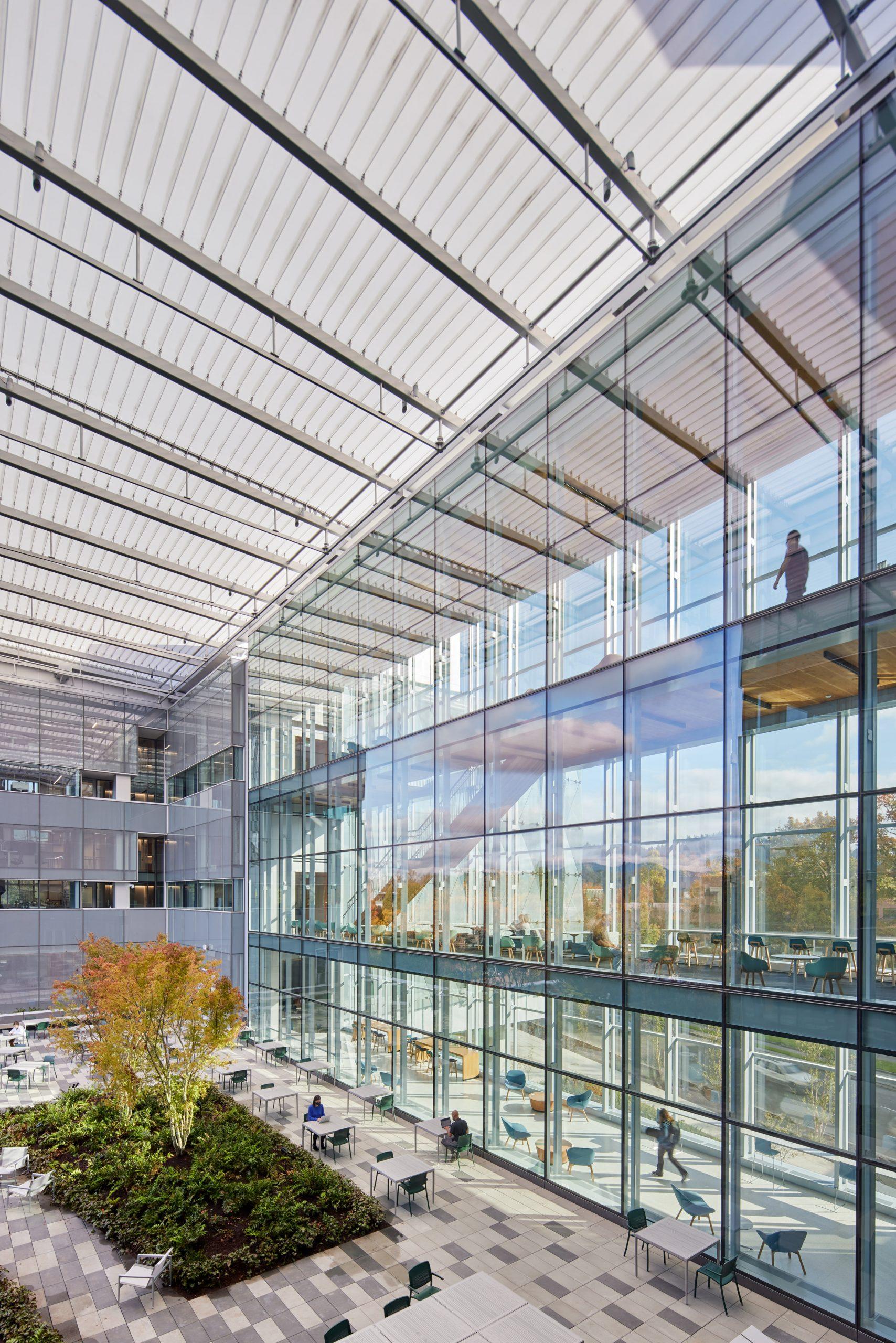 Courtyard of University of Oregon facility