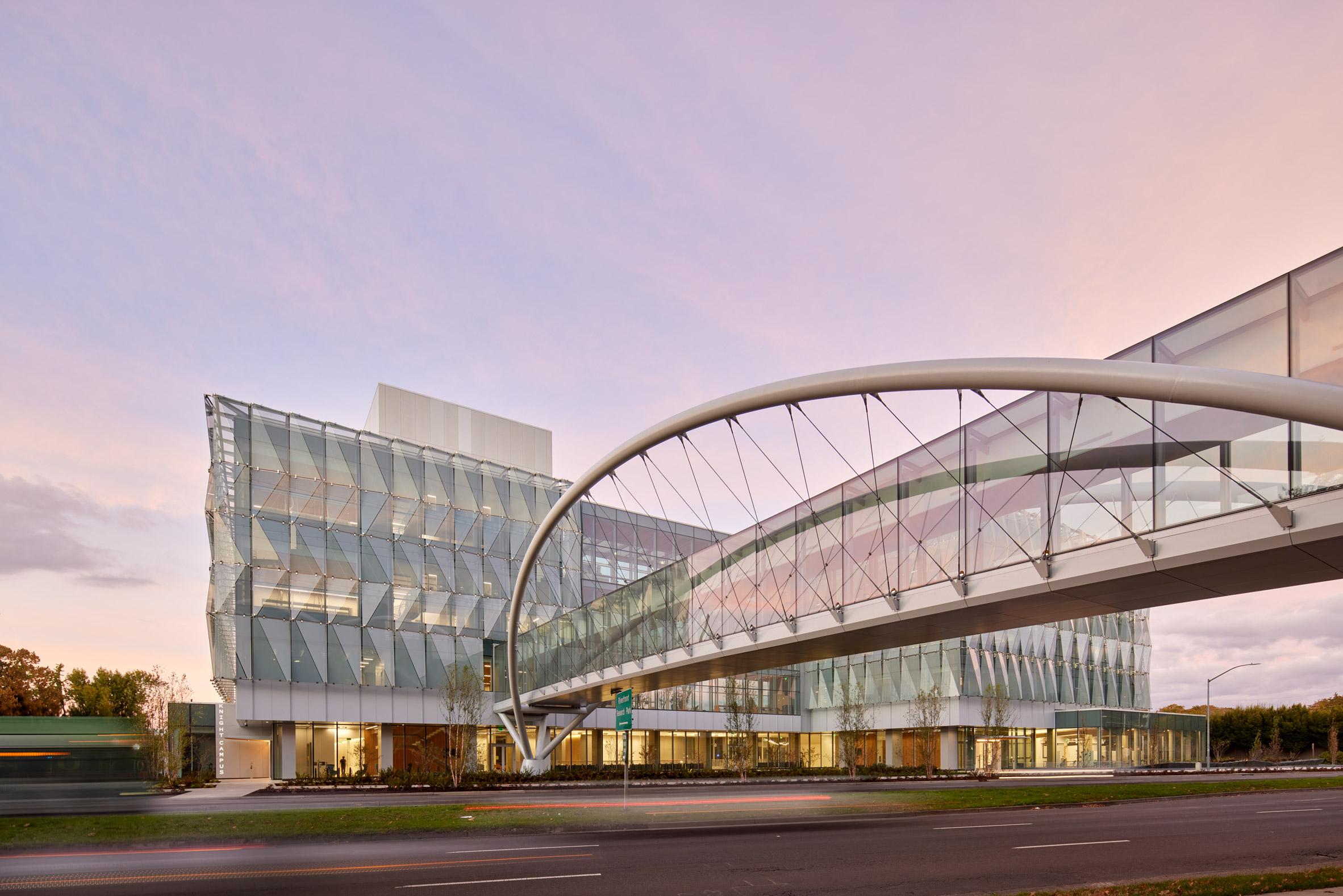 Pedestrian bridge of Knight Center university facility in the USA