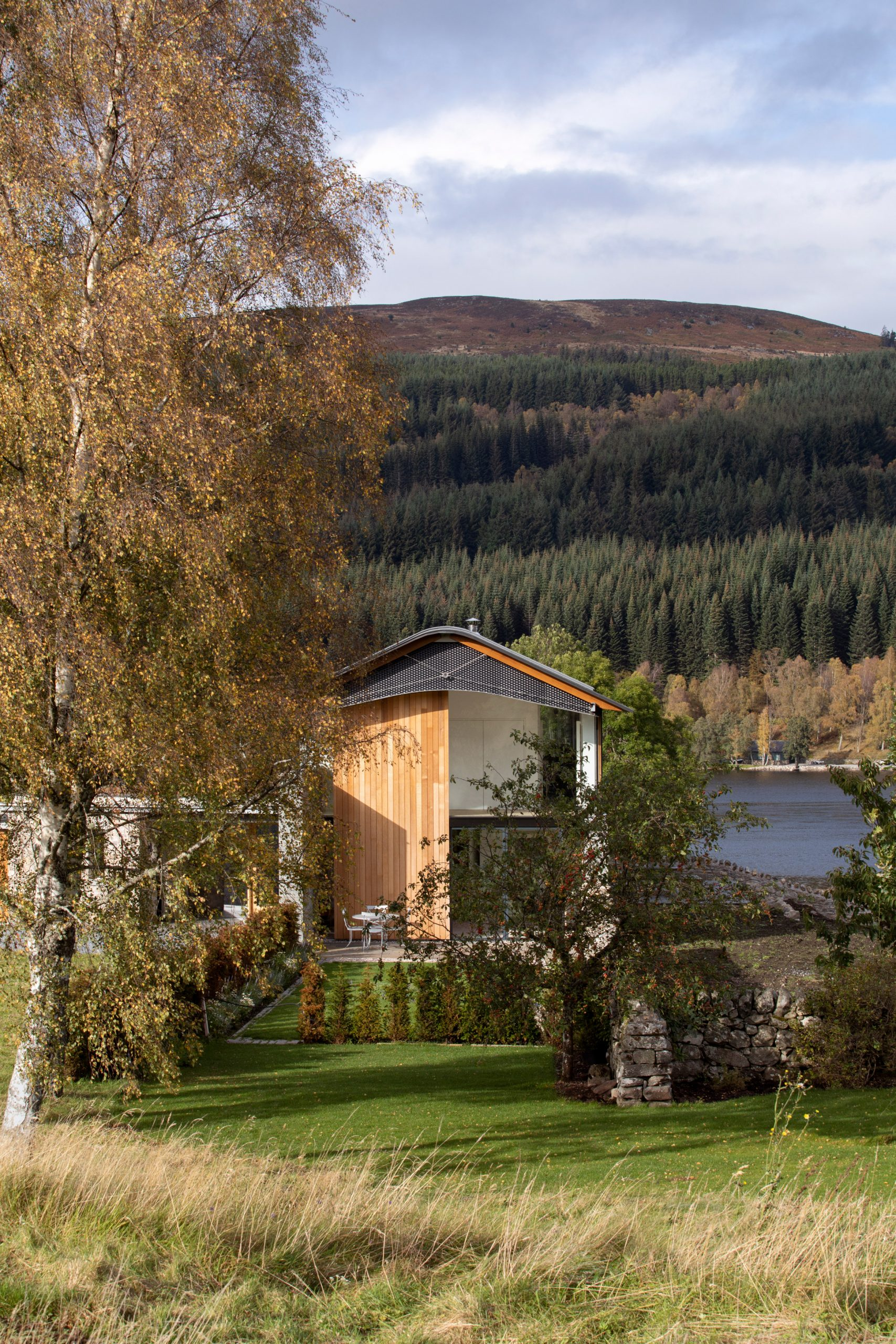 House in Scottish Highland by WT Architecture