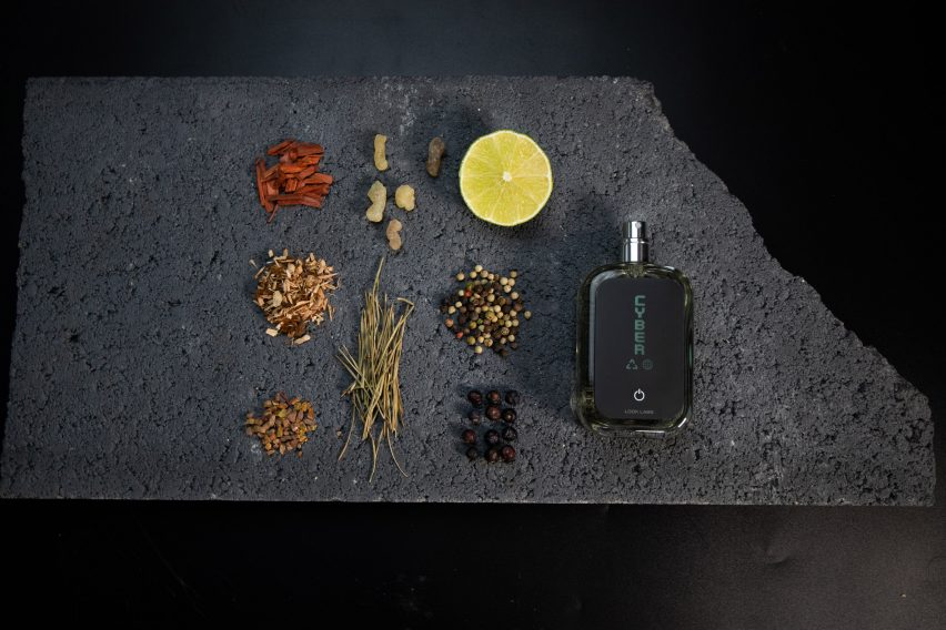 Ingredients of the fragrance by Look Labs