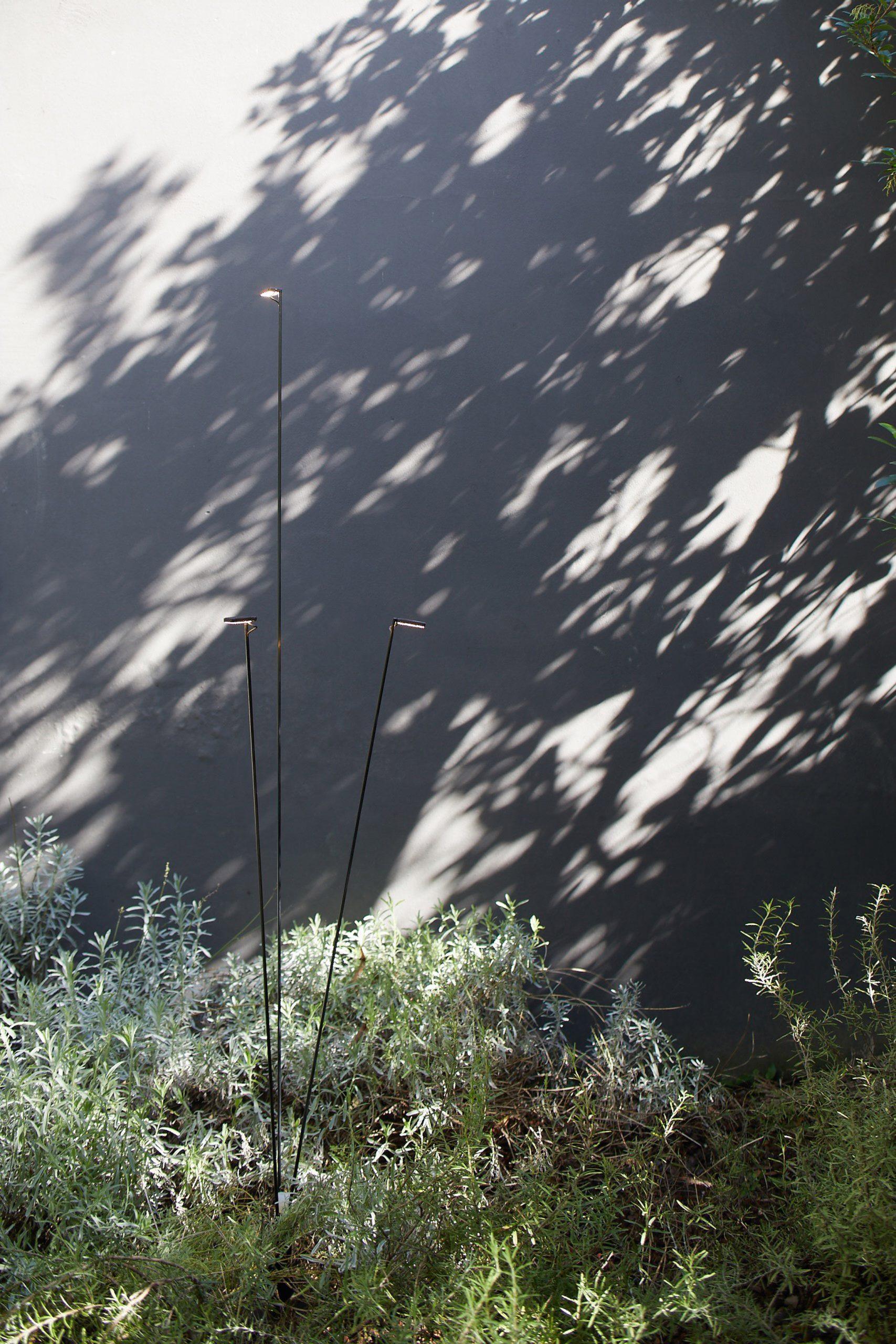 Three-headed Flia light in an exterior setting