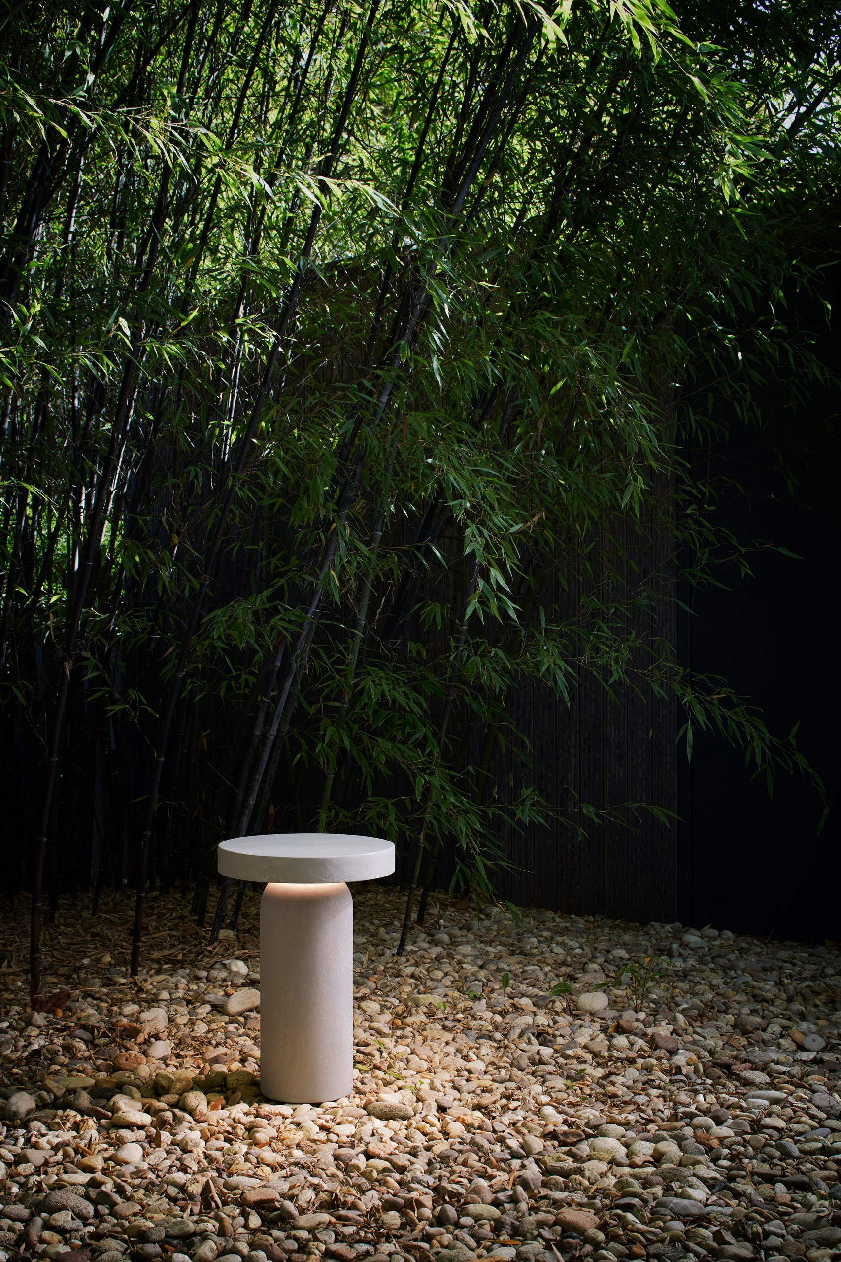 Nui bollard outdoor light by Meneghello Paolelli Associati