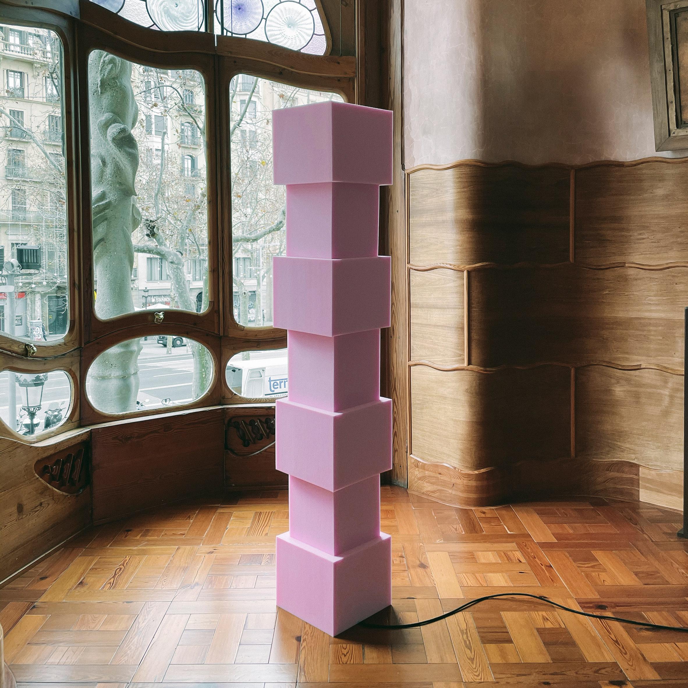 Cuboid pink foam light photographed in Casa Batlló