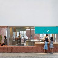 Schemata Architects designs tiny Nakamata sweet shop in Maebashi