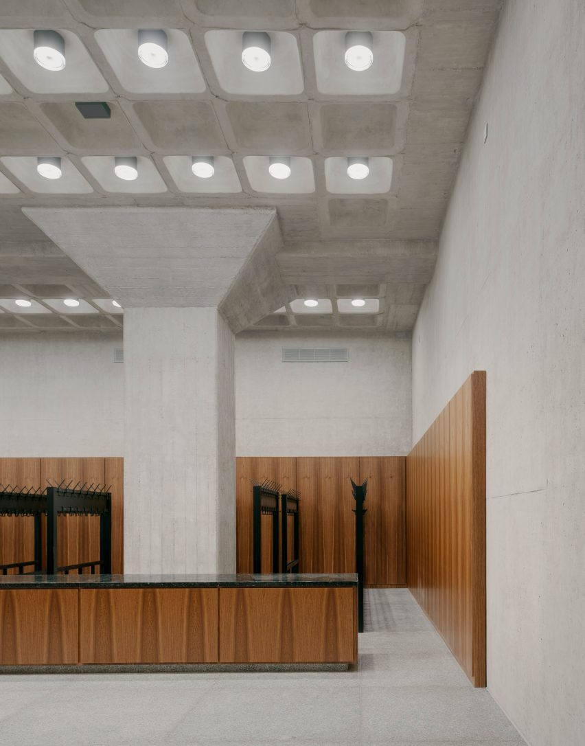 The cloakroom of the Neue Nationalgalerie