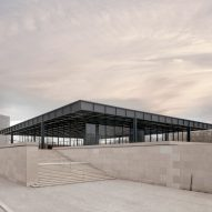 "David Chipperfield completes ""surgical"" overhaul of Mies van der Rohe's Neue Nationalgalerie"