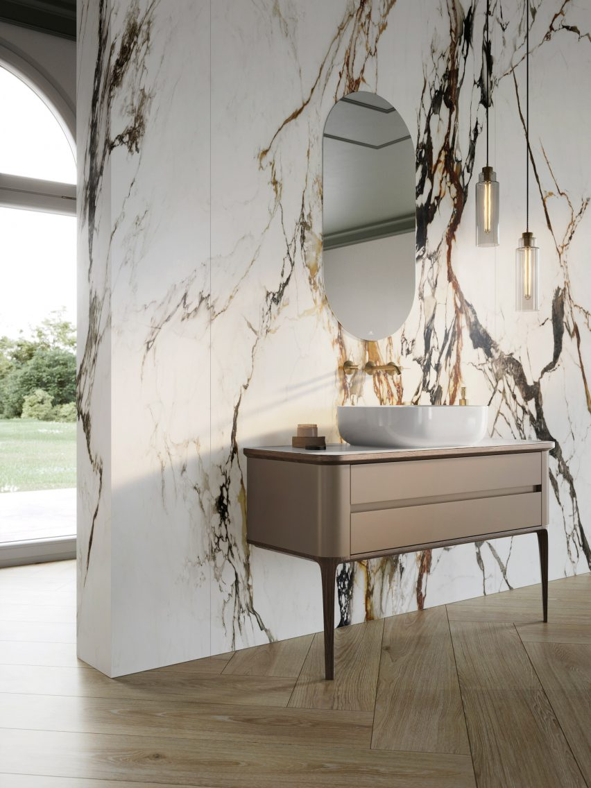 A marble-effect wall