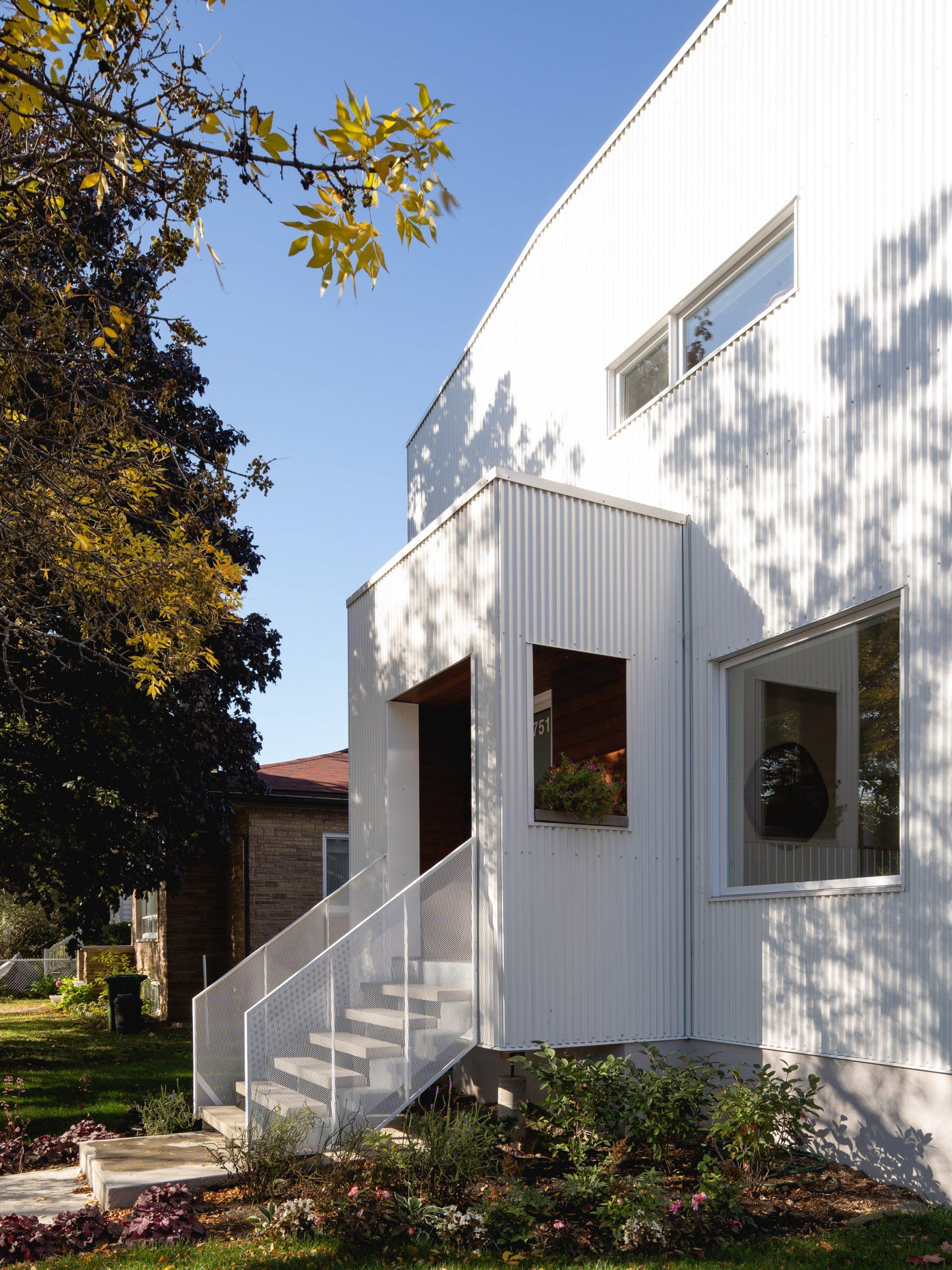 Nicholas Francoeur and Joel Fontaine Lortie renovated Park Ex House