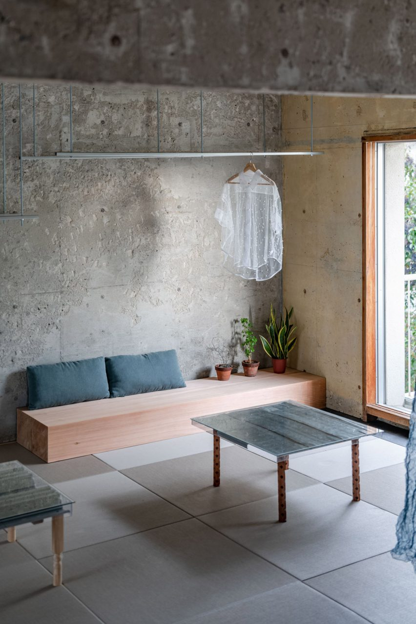Bench seat in reception room by Nanometer Architecture