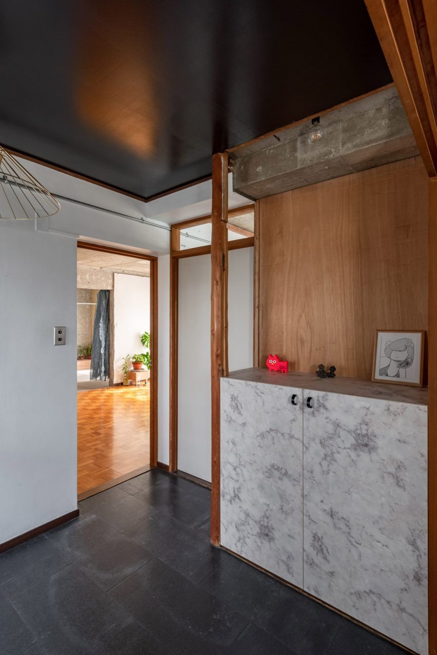 Entrance to Reception House by Nanometer