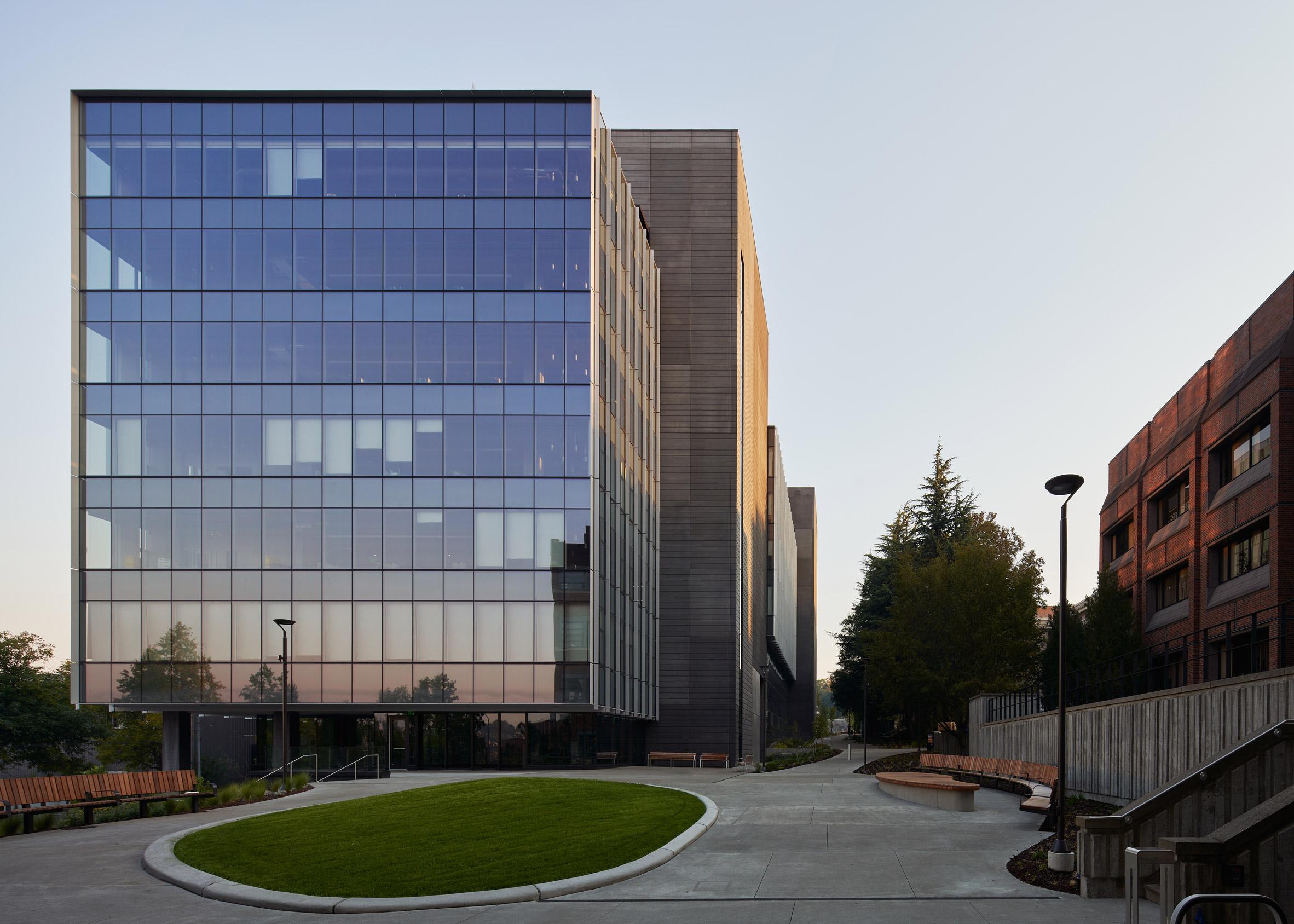 The Rosling Center is rectangular in shape