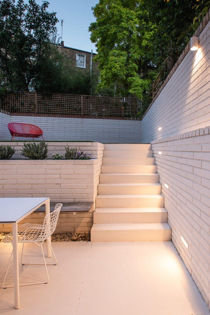 It has a split level garden by Moxon Architects