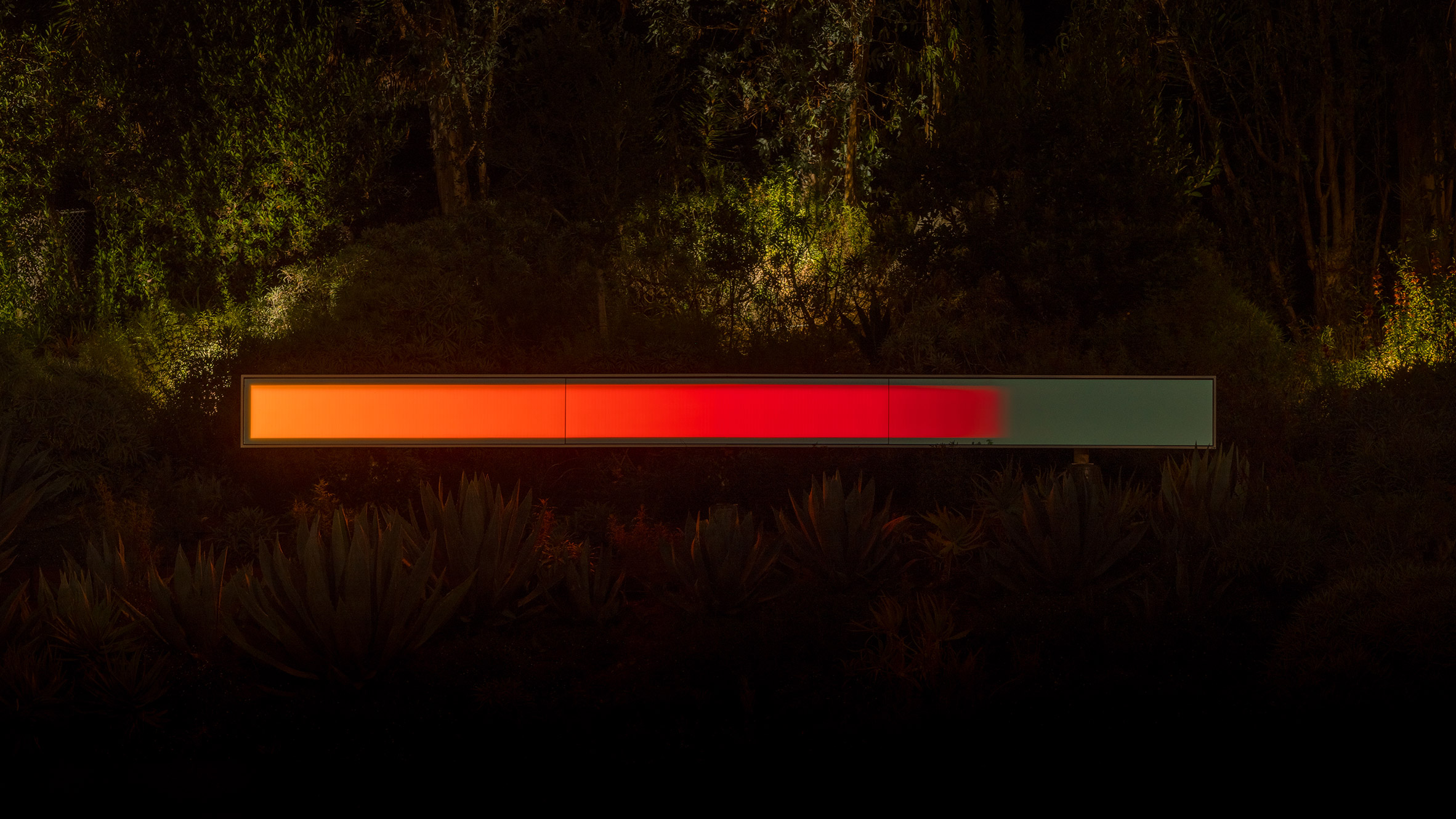 Sculpture in California that lights up with LEDs at ight