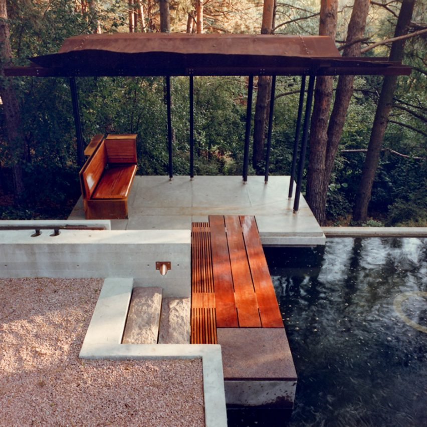 Garden Pavilion and Reflecting Pool by Shim-Sutcliffe