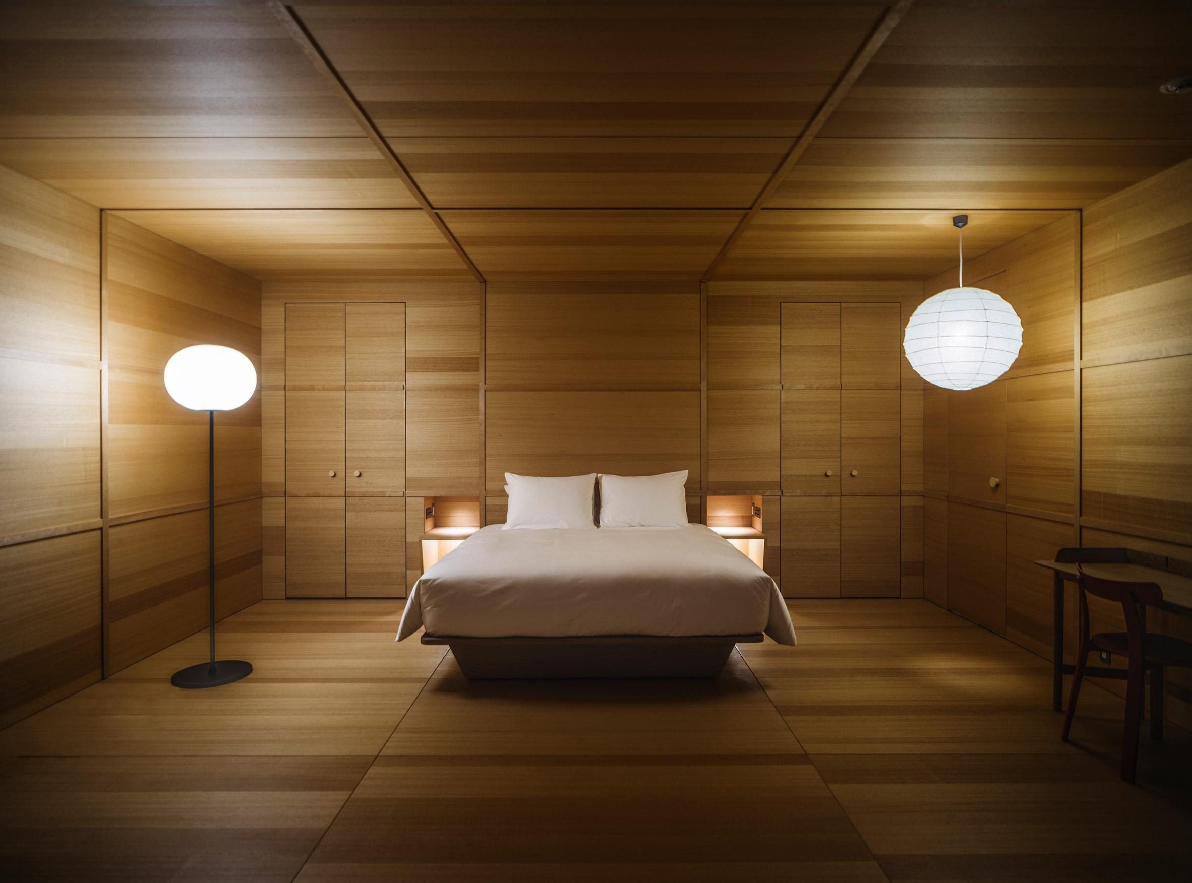 Jasper Morrison hotel room