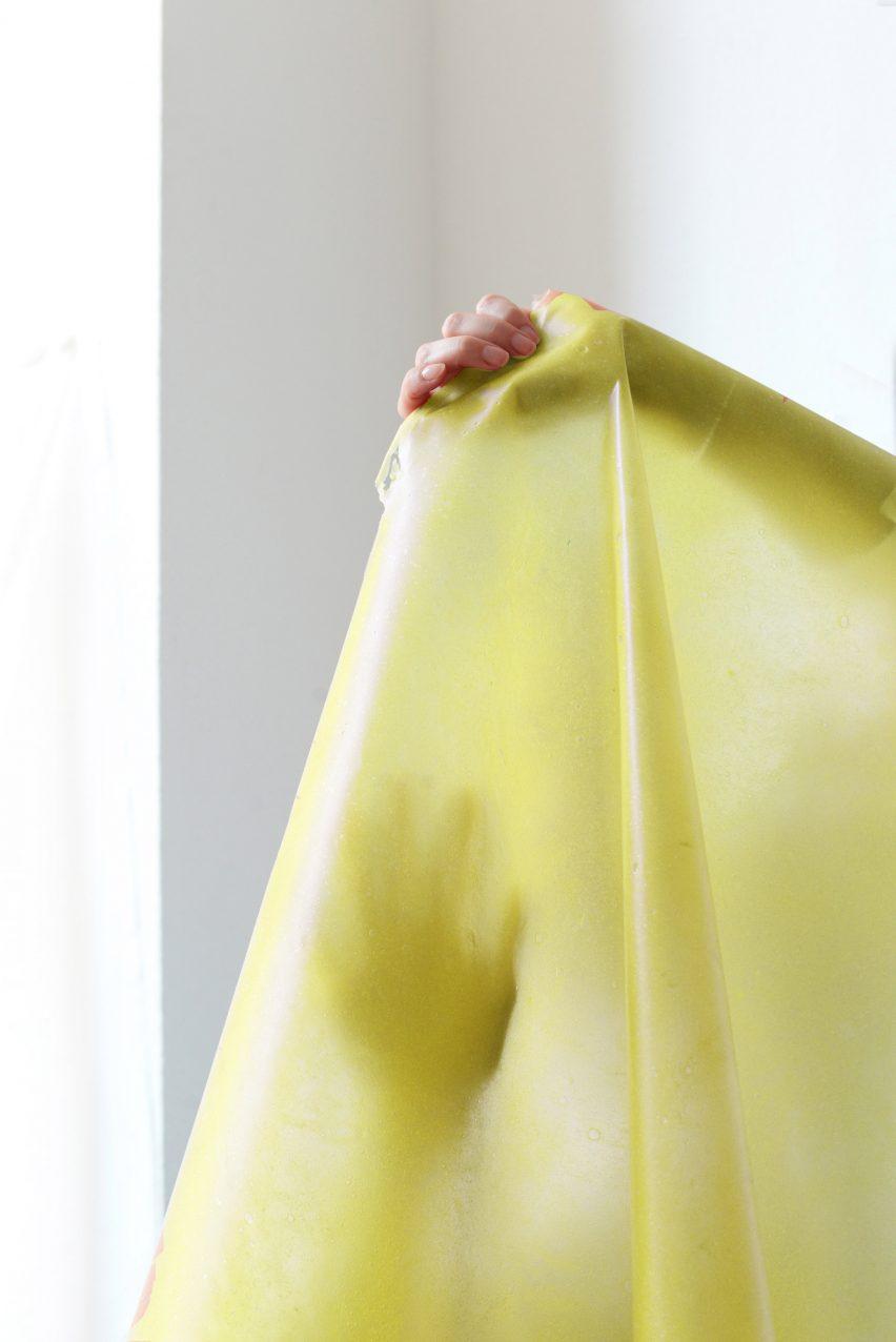 Yellow fruit leather developed by Lobke Beckfeld and Johanna Hehemeyer-Cürten