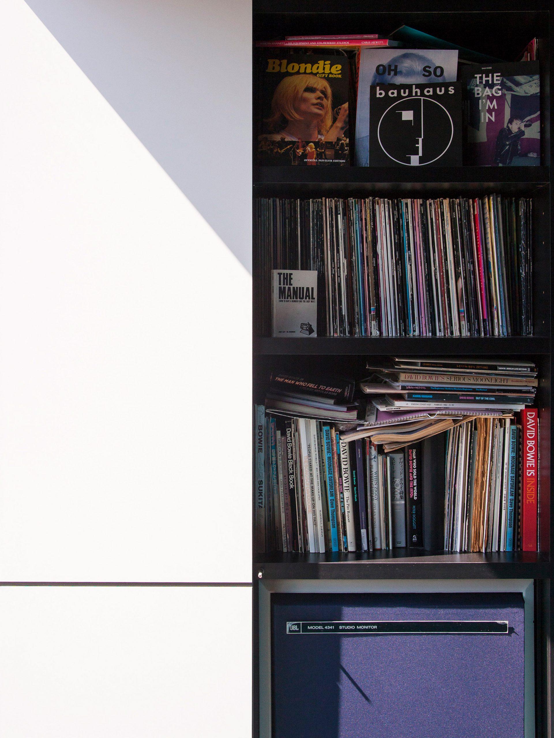Vinyl collection in Deewee001 studio